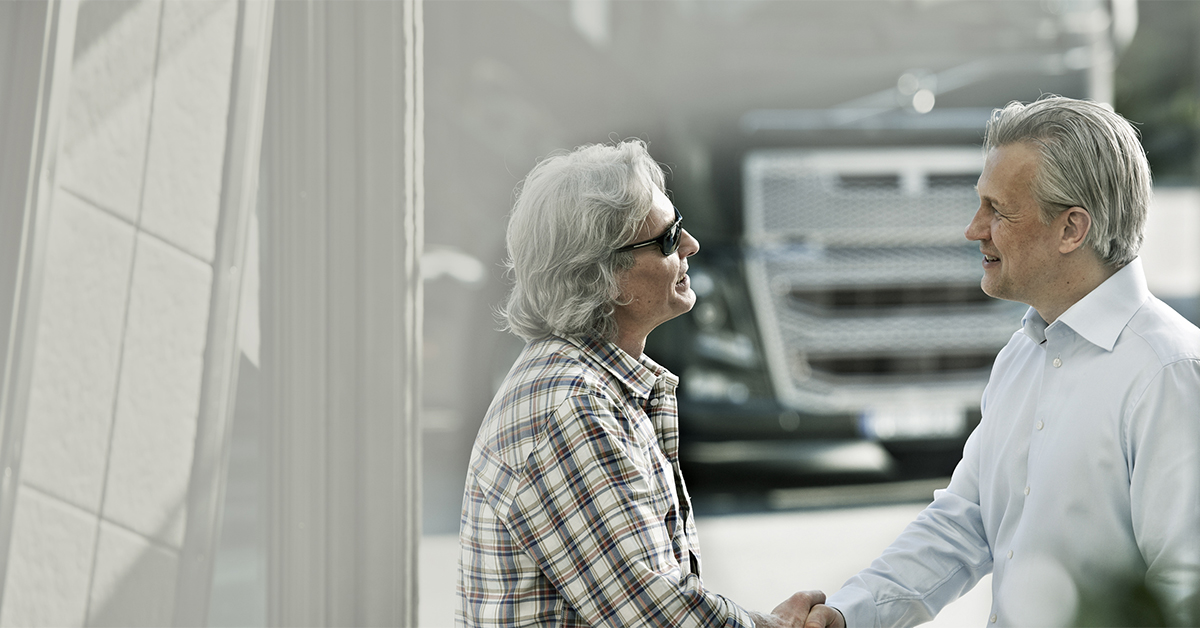 Image1200x628px_Managing financial risk when buying a new truck
